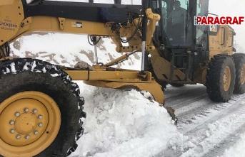 Karla mücadele çalışmalarını sürdürüyor