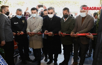 Kuşadası Belediye Başkanı Ömer Günel'den yeni açılan işletmelere destek