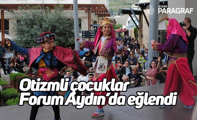 Otizmli çocuklar Forum Aydın'da eğlendi