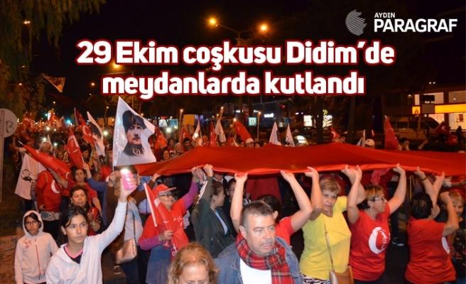 29 Ekim coşkusu Didim'de meydanlarda kutlandı