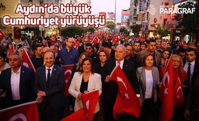 Aydın'da büyük Cumhuriyet yürüyüşü