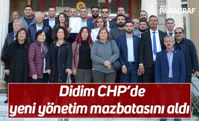 Didim CHP'de yeni yönetim mazbatasını aldı