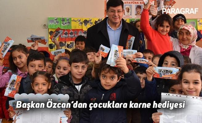 Başkan Özcan'dan çocuklara karne hediyesi