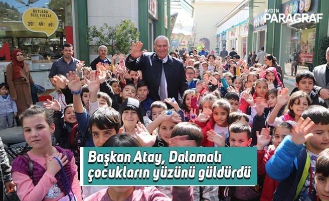 Başkan Atay, Dalamalı çocukların yüzünü güldürdü