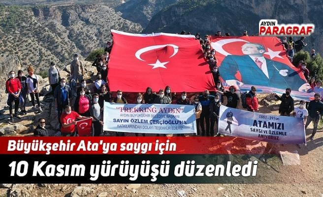 Büyükşehir Ata'ya saygı için 10 Kasım yürüyüşü düzenledi