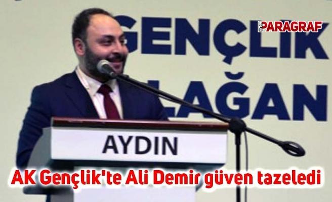 AK Gençlik'te Ali Demir güven tazeledi