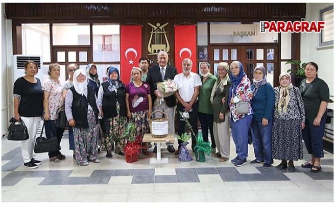 JES direnişçisi kadınlardan Başkan Atay'a teşekkür ziyareti