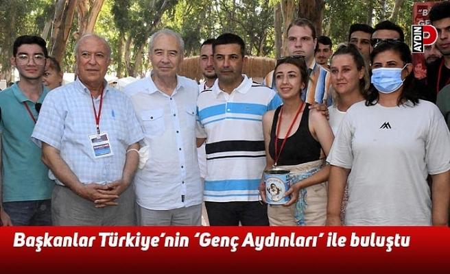Başkanlar Türkiye'nin 'Genç Aydınları' ile buluştu