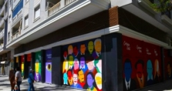 Kuşadası'nın sokaklarında sanat var