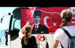 Aydın Büyükşehir Belediyesi 19 Mayıs'ı Vatandaşlarla Birlikte Coşkuyla Kutladı