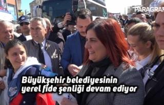 Büyükşehir belediyesinin yerel fide şenliği devam...
