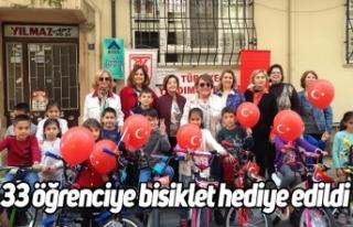 33 öğrenciye bisiklet hediye edildi