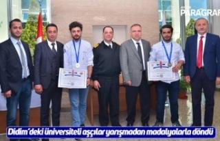 Didim'deki üniversiteli aşçılar yarışmadan...