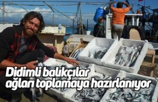 Didimli balıkçılar ağları toplamaya hazırlanıyor