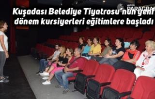 Kuşadası Belediye Tiyatrosu'nun yeni dönem kursiyerleri...