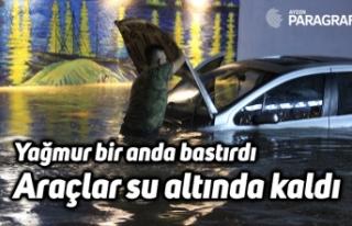Yağmur bir anda bastırdı, araçlar su altında...