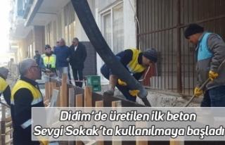 Didim'de üretilen ilk beton Sevgi Sokak'ta kullanılmaya...