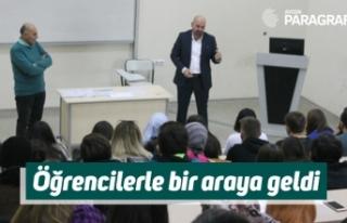 Gazeteci Ağırbaşer, öğrencilerle bir araya geldi