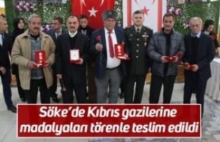 Söke'de Kıbrıs gazilerine madalyaları törenle...