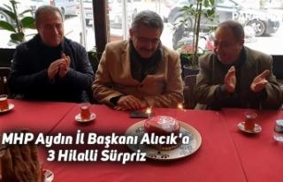 MHP Aydın İl Başkanı Alıcık'a 3 Hilalli...