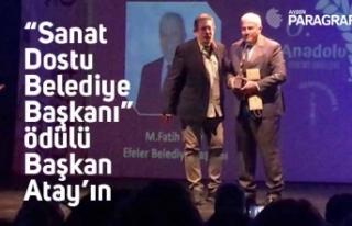 """""""Sanat Dostu Belediye Başkanı"""" ödülü Başkan..."""