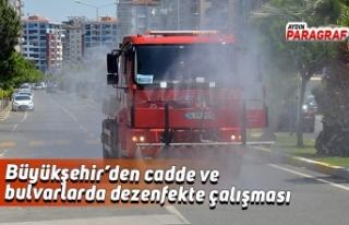 Büyükşehir'den cadde ve bulvarlarda dezenfekte...