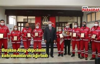 Başkan Atay depremin kahramanlarını ağırladı
