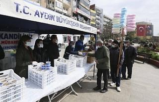 Büyükşehir Belediyesi Miraç Kandili'nde Vatandaşlara...