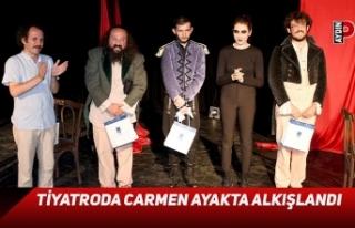 Tiyatroda Carmen ayakta alkışlandı