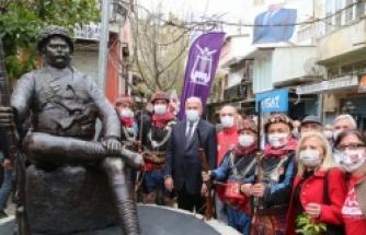 Danişmentli İsmail Efe Anıt Heykeli açıldı