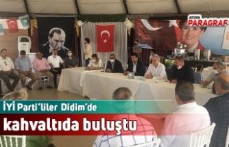 İYİ Parti'liler  Didim'de kahvaltıda buluştu