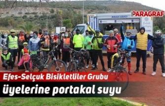 Efes-Selçuk Bisikletliler Grubu üyelerine portakal suyu