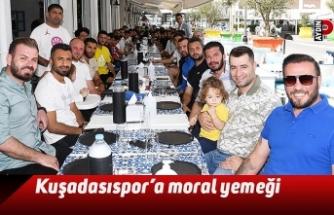 Kuşadasıspor'a moral yemeği