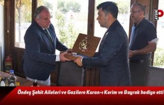 Öndeş, Şehit Aileleri ve Gazilere Kuran-ı Kerim ve Bayrak hediye etti