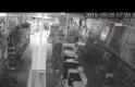 8 iş yerini soyan hırsızın soygun anı kameralara yansıdı