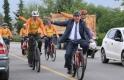 Başkan Atay mesaiye 2 tekerlekli makam aracıyla geldi