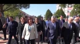 Mustafa Savaş, Özlem Çerçioğlu'na omuz mu attı