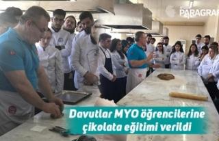 Davutlar MYO öğrencilerine çikolata eğitimi verildi